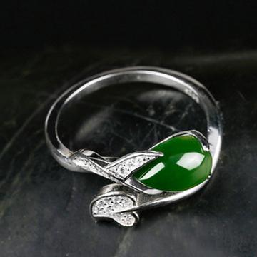欧舜达创意款天然和田玉戒指925银