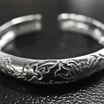 素之银银饰经典花纹手镯