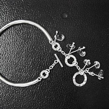 素之银银饰时尚手链