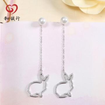 和诚行银饰镶石兔子珍珠925银耳环
