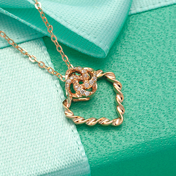 金大恒珠宝时尚心形吊坠