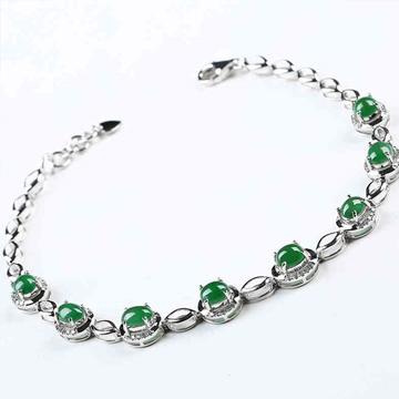 艾翠珠宝时尚翡翠手链