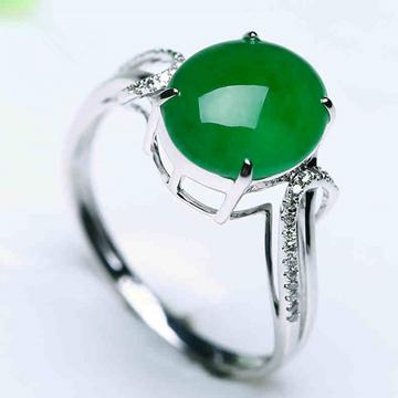艾翠珠宝时尚翡翠戒指