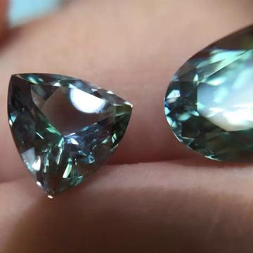 皇家蓝珠宝精美宝石