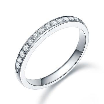 黄金码头18K金群镶钻石戒指