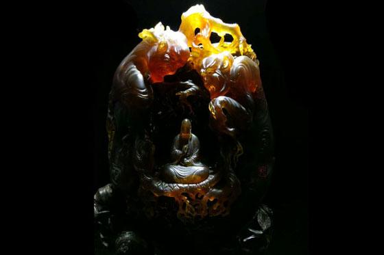 """第二届""""匠心杯""""琥珀雕刻设计大赛于腾冲举办"""