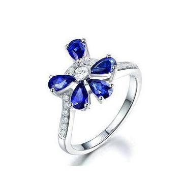 恒仕集团宝石戒指