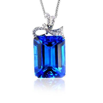 恒仕集团时尚精美宝石项链