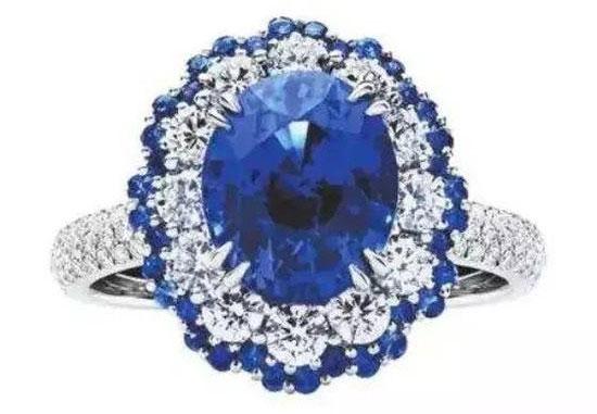 蓝宝石婚戒