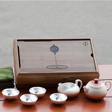 金银泰精致银瓷茶具