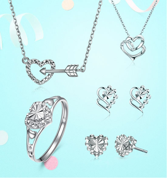LOVING珠宝维纳斯之梦,专属缱绻爱侣的一生一誓。LOVING珠宝将神话美好寓意与现代爱情结合,创作出新颖耀目的维纳斯之梦系列,并以永恒不变的铂金打造,将LOVING维纳斯之梦的华美优雅展现的淋漓尽致。 LOVING珠宝维纳斯之梦以铂金为主题,寓意收到此系列的人会永远拥有幸福,受到爱神维纳斯的祝福。铂金以其自然纯洁的色泽预示着永恒不变的爱,简约典雅的设计突出铂金特别的金属光泽,柔美的线条,精湛的车花工艺,造型简洁洗练,充满着浪漫气息,再以严苛细致的抛光打磨,让整个系列散发迷人魅力。充满色泽魅力的铂金珠