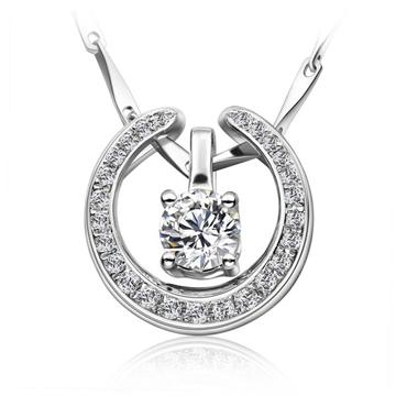 丘彼特钻石18K金时尚钻石挂坠