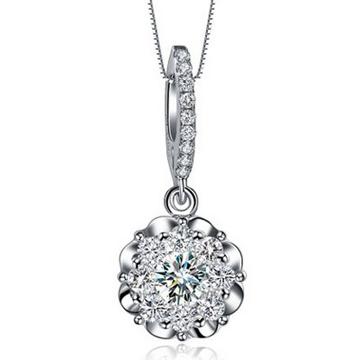 珑凤祥银楼钻石项链