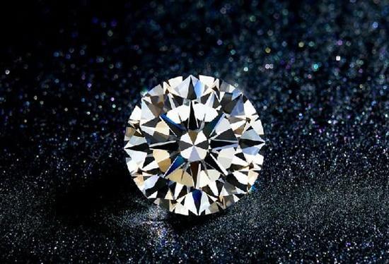 NGTC发现3克拉套证合成钻石