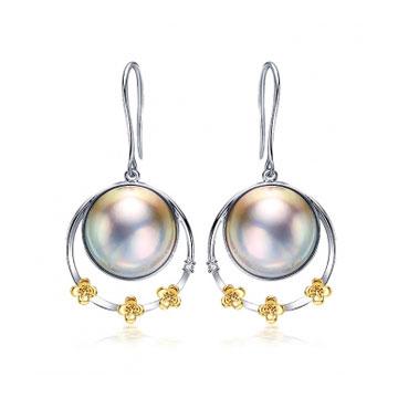 珍珠美人异彩银灰马贝珍珠耳环