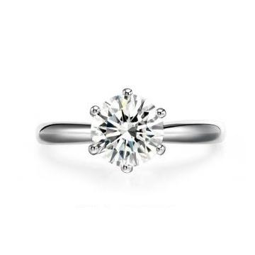 璀璨明珠珠宝经典六爪钻戒