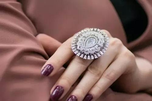 俄罗斯珠宝制品