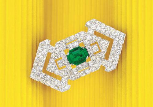 卡地亚的祖母绿和钻石胸针