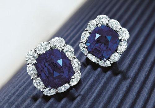 斯里兰卡蓝宝石耳环