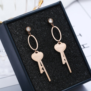 慧莹饰品气质个性爱心钥匙耳环