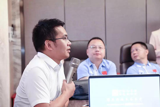 周百福总经理刘志明先生分享品牌发展历程
