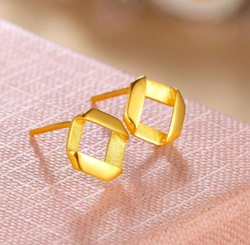 黃金耳釘不亮了怎么辦,在家怎么清洗黃金耳釘