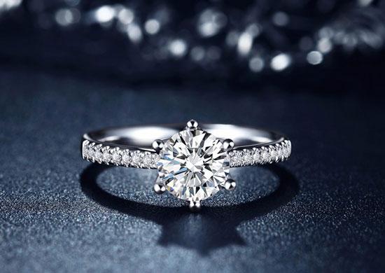 结婚钻戒收藏,结婚钻戒