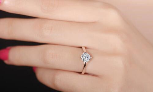 鉆戒婚戒挑選注意事項,買鉆戒要注意的4大點,鉆戒