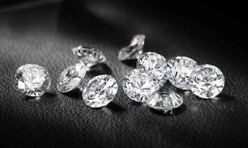 保养钻戒,钻石