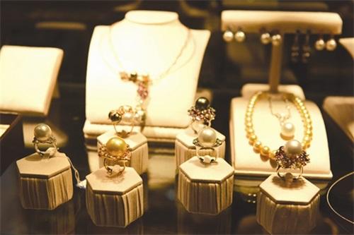 珠宝加盟店应怎样更好的选址,珠宝加盟