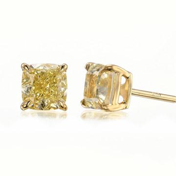 耳丁小K-3.40克拉 黄色钻石耳钉