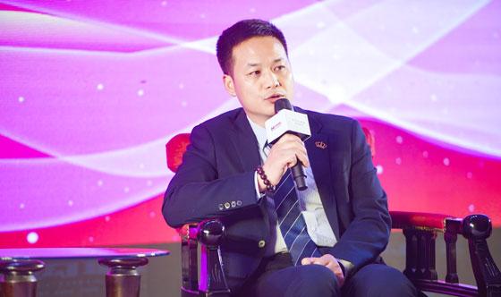 莱绅通灵珠宝股份有限公司首席增长官杨磊